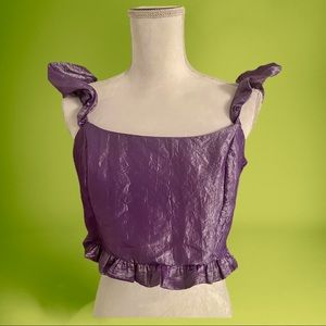 NWT Design Crop top with frill shoulder